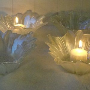 Beautiful Frosted Glass Bowls Set of 4